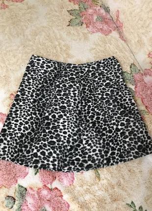 Юбка в леопардовый принт юбка