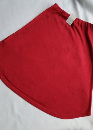 Большая трикотажная миди юбка для яркой пышки.