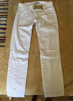 Белые джинсы amnesia p.29