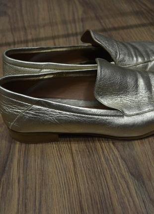 Трендовые итальянские туфли-лоферы, кожа