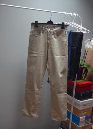 Светлые котоновые штаны hmt с италии