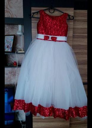 Обалденно красивое платье для девочки
