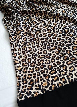 Платье с открытым плечом, в леопардовый принт2 фото