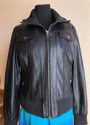 Кожаная куртка черная с резинками от бренда gipsy