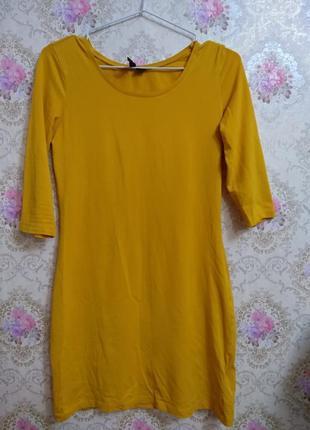 Платье по фигуре горчичного цвета2 фото
