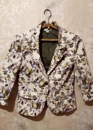 Пиджак с цветочным принтом м