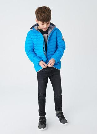 Стильная куртка деми reserved р.140