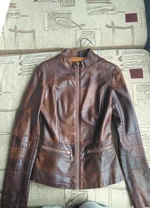 Кожаная куртка, кожзам, экокожа