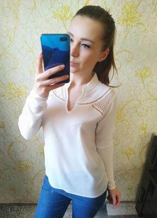 Шикарная блузка цвета айвори