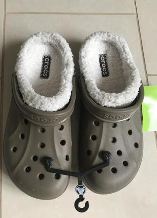 Шлёпанцы фирменные стильные оригинал crocs размер 41