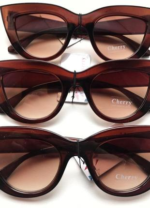 Солнцезащитные очки ретро
