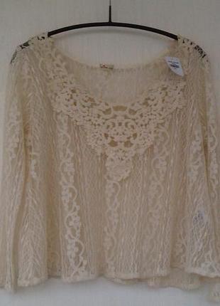 Новая кружевная блуза нюдовая от hollister коттон