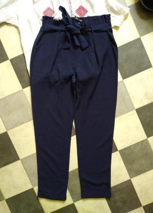 Актуальные брюки с поясом от reserved2 фото