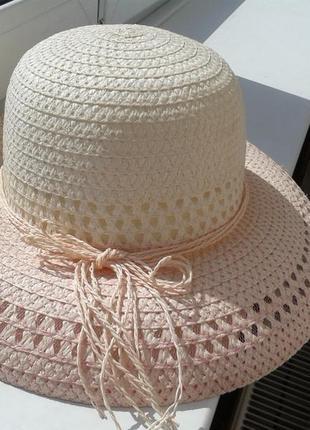 Летние шляпы з натуральной соломки.