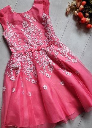 Нарядное платье на 10-11лет