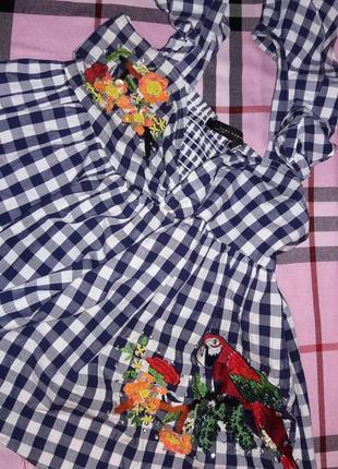Блузка блуза рубашка zara в клетку с вышивкой, с воланами. вышивка, пайетки.