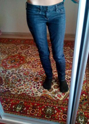 Обалденные джинсы скини mango