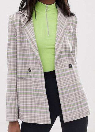 Двубортный пиджак в клетку4 фото