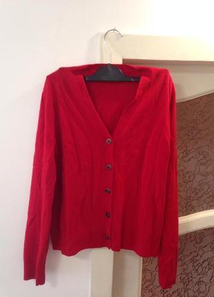 Кофта красного цвета с кожаными вставками на локтях!❤️👠👠💃