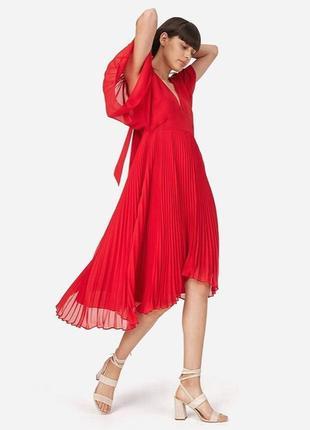 Красное платье плиссе бренда club monaco ralph lauren