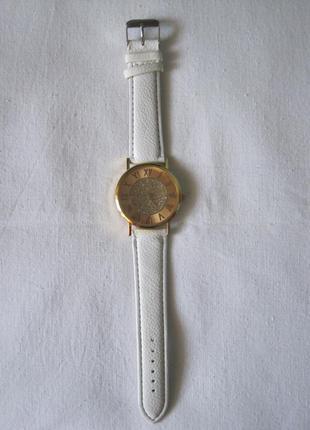 31 наручные часы4 фото