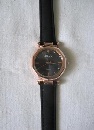 30 наручные часы3 фото