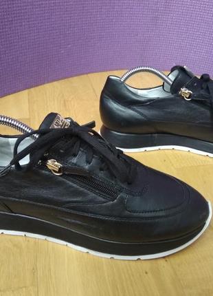 Туфли-кроссовки премиального бренда hogl