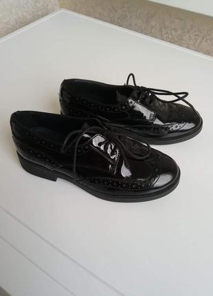 Geox стильні туфлі на дівчинку, 30 розмір