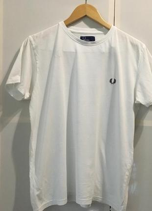 Белая хлопковая футболка fred perry оригинал