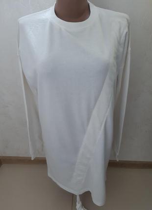 Удлиненный свободный свитер -туника