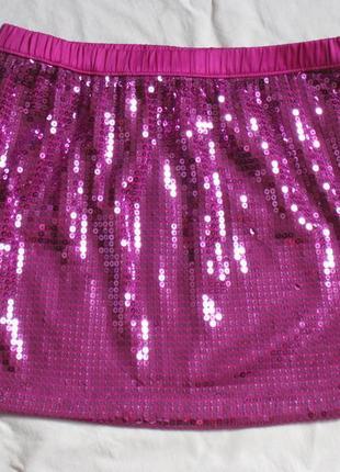 Красивая и яркая юбка в паетках