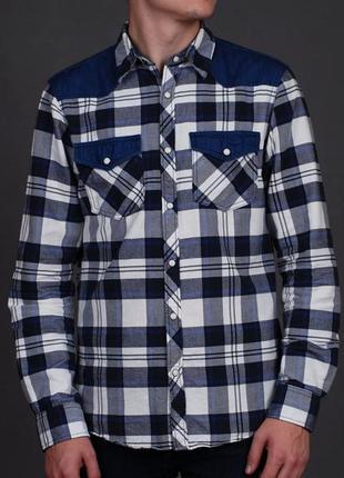 Мужская рубашка в клетку на кнопках