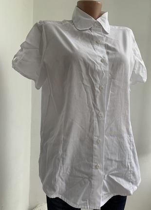 Базовая рубашка на короткий рукав с интересными вырезами bocabay