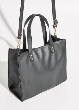 Черная классическая сумка на длинной и короткой ручке