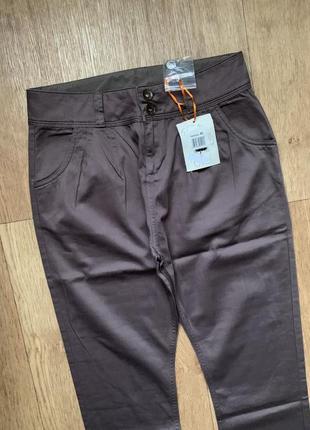 Новые классные штаны высокая посадка на широкие бедра италия ovs / zara