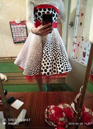 Шикарное платье на выпускной в ретро стиле