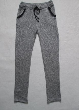 Трикотажные стрейчевые брюки леггинсы серый меланж со стразами италия