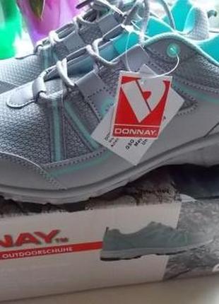 Новые фирменные кроссовки donnay