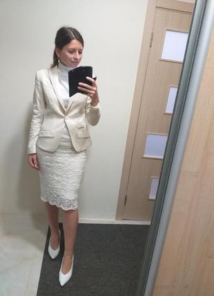 Шикарный молочный ванильный костюм пиджак 100% шерсть шерстяной