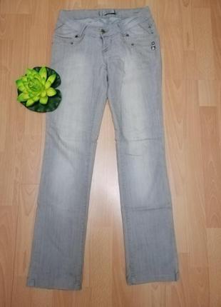 Серые джинсы revolt jeans
