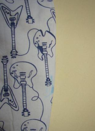 Белая рубашка с гитарами gap 5-6 лет7 фото