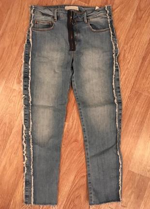 Укороченные джинсы zara