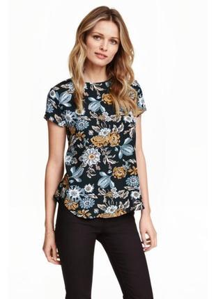 Стильная майка блузка в цветочный принт с-м h&m