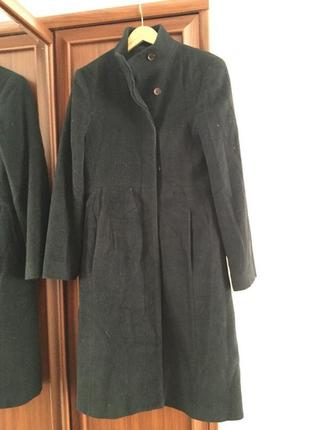 Чёрное пальто шерстяное