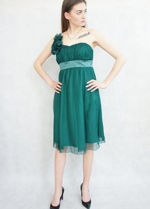 Красивое изумрудное платье fever