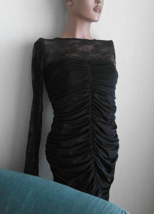 Cтильное сексуальное черное коротенькое платье