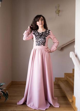 Невероятно красивое вечернее платье!