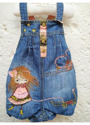 Песочник джинсовый next на девочку 6-9 месяцев