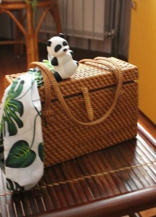 Плетенная летняя сумка в эко-стиле. 100%  ротанг