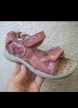 Кожаные босоножки сандали 25р италия
